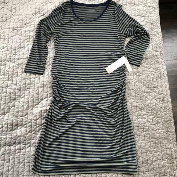 3597ed167841e Liz Lange for Target Dresses & Skirts - Liz Lange Maternity Striped 3/4  Sleeve